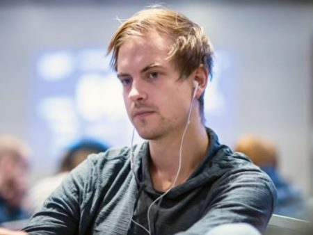 Highstakes online: Viktor Blom down anche a gennaio